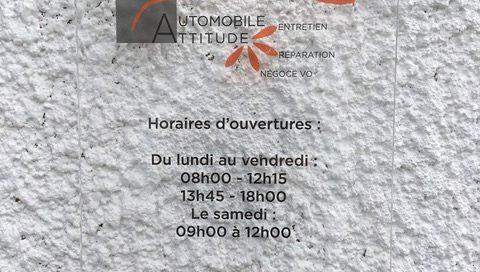 Plaque professionnelle en verre acrylique transparent Atelier mécanique Automobile-Attitude